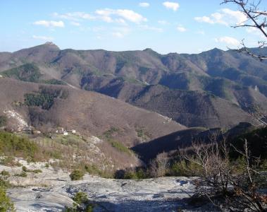 Родопи - връх Червената стена