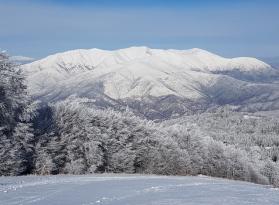 Планината Врондос,СПА хотел Медите и дегустация в изба Рупел
